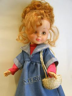 """Como """"una imagen vale más que mil palabras"""", a continuación explico paso a paso el proceso de restauración de una de mis muñecas.    LLegó ..."""