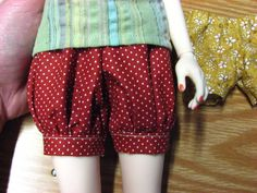BLOOMERS! Tutorial and patterns.