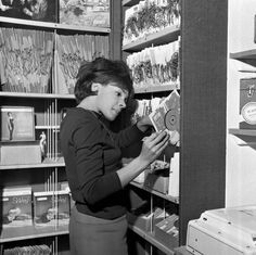 """""""vinylespassion:  Shirley Bassey browsing at her Record Shop, West End Lane, London, 1962.  """""""