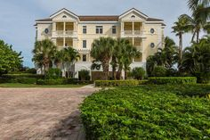 Delightful Carlton condo offers comfort and privacy - w/photos Condo Living, Local Real Estate, Seaside, Ocean, Mansions, House Styles, Photos, Home Decor, Mansion Houses