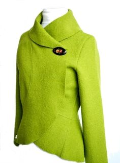 Women boiled woole,Jacket with large Ruffles/Volants-applegreen! Available in size xs-L.