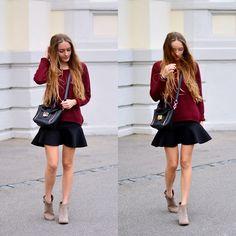 Anna R. - Warm Knit & Bare Legs