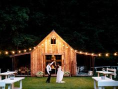 Winter Wedding Planning Tips аnd Ideas Wedding Planning Tips, Wedding Tips, Wedding Stuff, Wedding Locations, Wedding Venues, Wedding Themes, Wedding Decor, Hay Bale Seating, Eclectic Wedding