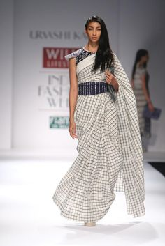 Sari beauties at India Fashion Week - shirts and blouses womens, ladies chiffon blouse, grey blouses shirts *ad Simple Sarees, Trendy Sarees, Stylish Sarees, Saree Draping Styles, Saree Styles, India Fashion Week, Lakme Fashion Week, Kurta Designs, Saree Blouse Designs
