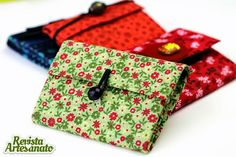 Challenge wallet with box of milk - tutorial (Portuguese - clearly) Milk Box, Plastic Bottles, Handicraft, Ideas Para, Sunglasses Case, Diy And Crafts, Diys, Coin Purse, Diy Projects