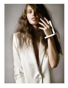 Emily DiDonato by Jean-François Campos for Vogue Latin America April 2012