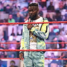 The must-see images of Raw, June 28, 2021: photos | WWE Drew Mcintyre, Battle Royal, Aj Styles, Wwe Photos, See Images, Professional Wrestling, Superstar, June, The Incredibles