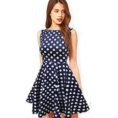 I love the dots with the deep blue color! 5 days left with 90% OFF! We young girls shouldn't miss it! Get it for you hot summer!