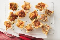 Crunchy filo pastry adds an unexpected twist to these classic bacon and mushroom quiches. Filo Pastry, Flaky Pastry, Mushroom Quiche, Bacon Mushroom, Vegetarian Starters, Just Pies, Mini Quiches, Mini Pies, Beef Pies