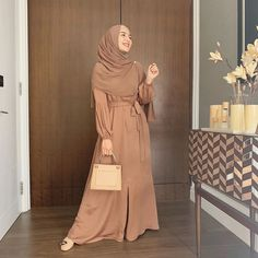 Hijab Style Dress, Casual Hijab Outfit, Hijab Chic, Muslimah Clothing, Modest Fashion, Fashion Outfits, Women's Fashion, Moslem Fashion, Modest Dresses Casual