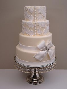 #lace wedding cake with #button detail