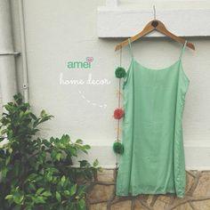 Amei em casa, na roupa, amei no ❤️ A @loja_amei está fazendo mimos para deixa sua casinha mais aconchegante. E pra você se sentir ainda mais leve esse vestidinho #lojaamei #mtamor #vestido #mobile #decor #etiquetaamei #pompom