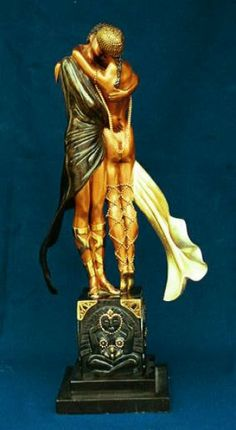 erte bronze statues - Lovers and Idol