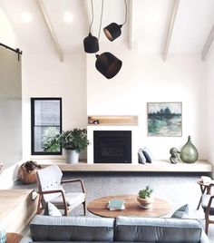 Heart eyes for this living room designed by @twofoldprojects pic via @ofkin 😍😍😍 #living roomier #interiorinspo