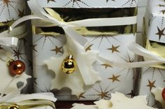 Silkeslera- hemmagjord vit lera - Victorias provkök Diy And Crafts, Wraps, Gift Wrapping, Victoria, Scrapbook, Ornaments, Christmas, Gifts, Fest