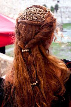 Impressive Renaissance hairstyles! Photo gallery & Video tutorials!