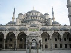 Sultan Ahmed Mosque (Blue Mosque) - Istanbul, Turkey