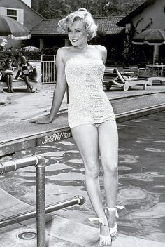 #poolside #vintage #swimsuit