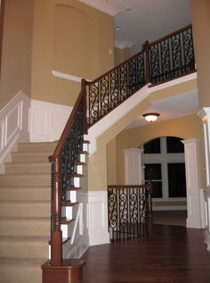Stairway and Loft Idea Oak Banister, Banisters, Dream Homes, My Dream Home, Foyer Paint Colors, Entry Foyer, Stairway, Staircases, Paint Ideas