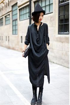 In summers, the Perfect easy to wear loose dresses for women should be light enough in color and casual for hanging out with the friends in the hottest day. So, this is