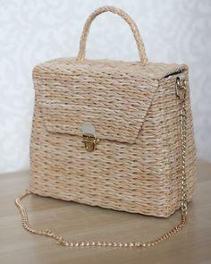 My Bags, Purses And Bags, Boho Bags, African Print Dresses, Basket Bag, Bag Making, Straw Bag, Wicker, Weaving