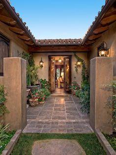 Spanish style homes – Mediterranean Home Decor Mediterranean Style Homes, Spanish Style Homes, Spanish House, Mediterranean Architecture, Hacienda Homes, Hacienda Style, Village House Design, Village Houses, Indian Home Design