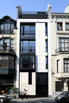24 Rue Saint – Boniface / BoP Architecture.  Photographed by Tim Van de Velde