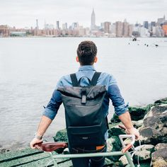 Kyle's go to detour navigates the Williamsburg Bridge, a luxury to find such vast space in the city. http://bit.ly/RivingtonBackpack