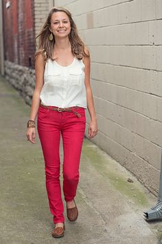 Traditions shirts, wearing this cute get up. Urban Outfitters top and red jeans. Prep Style, My Style, Rush Outfits, Red Jeans, Down South, Get Dressed, Passion For Fashion, Dress To Impress, What To Wear