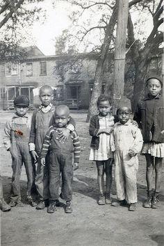 +~+~ Vintage Photograph ~+~+ African American children.  Tin City, Georgia.