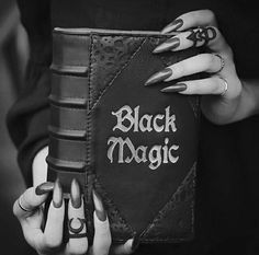 Black magic☠️ For the wiccas🔮