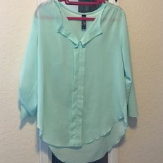 FINAL SALE ✨ Francesca's blouse Great condition aqua blue color. Great with jeans or white shorts! Cheaper on MER Francesca's Collections Tops Blouses