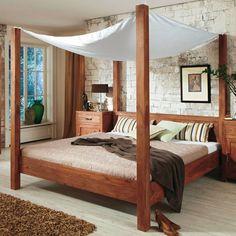 sleep tight ... awsome wooden bed