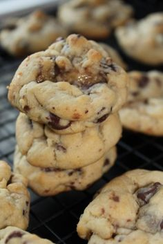 Chocolate Chip Caramel Cookies