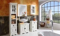 Badezimmermöbel im Landhausstil - weiß