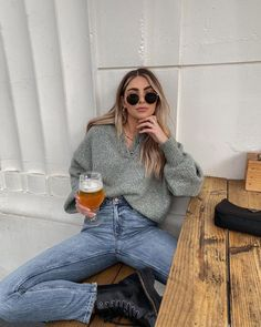 Josi Pellicano California Cool Style Blonde balayage Hair Winter Outfits Women, Cute Casual Outfits, Sexy Outfits, Clothing Items, Autumn Winter Fashion, Winter Wear, Winter Style, Passion For Fashion, What To Wear