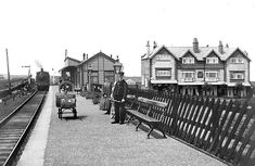 http://www.disused-stations.org.uk/r/ravenscar/ravenscar(before7.1908alsop)old3.jpg