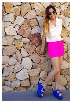 ♥ LOOK OF THE DAY 17-09-2012 ♥  ♥ Camisa Creppe Crudo  ♥ Mini Lycra Fucsia  ♥ Saona Shocking Blue