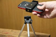 iPhone専用の三脚はいらない!「2WAY Mount for smartphone」があれば好きなカメラ用三脚を選べるぞ | iPhoneひとすじ! かみあぷ速報