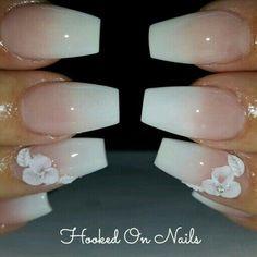 Nail Swag, 3d Flower Nails, Bridal Nail Art, 3d Nail Art, Hot Nails, Nagel Gel, Gorgeous Nails, Trendy Nails, Wedding Nails