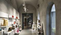 Illuminazione spazi commerciali: Divo Boutique - Illuminazione spazi commerciali iGuzzini