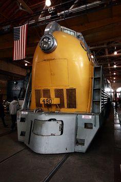 art deco train Chesapeake & Ohio #490