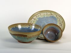 ceramic vaiselles  plates ;bowls  and cups