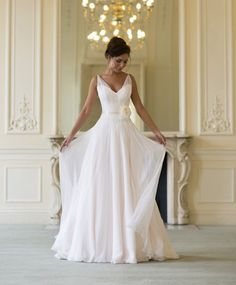 2014 new V neckline chiffon wedding dress/beach wedding dress/ waist with lace flower/A-line wedding dress
