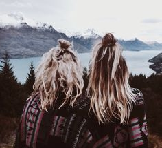 Love the hair colors My Hairstyle, Messy Hairstyles, Pretty Hairstyles, Besties, To Infinity And Beyond, Looks Cool, Hair Day, Gorgeous Hair, Hair Looks