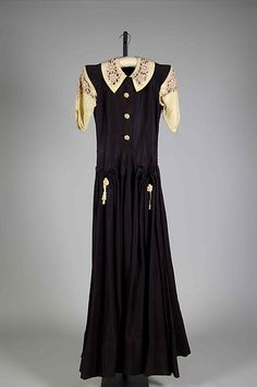Evening dress c.1937. Attributed to House of Worth (French, 1858–1956) Designer: Attributed to ROGER WORTH (French, born 1908) Silk.