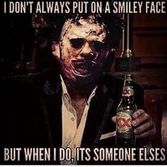 The Texas Chain Saw Massacre - Leatherface horror humor Creepiest Horror Movies, Scary Movies, Scary Movie Memes, Scary Meme, Funny Halloween Memes, Creepy Quotes, Funny Horror, Creepy Horror, Horror Icons
