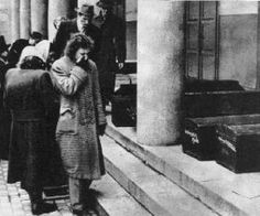 Soviet Army, Aretha Franklin, Budapest Hungary, Ww2, Revolution, History, Projects, Historia