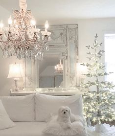 Shabby Chic Living Room, Shabby Chic Interiors, Shabby Chic Decor, Design Rustique, Flocked Trees, Style Deco, Christmas Room, French Country Style, Design Moderne