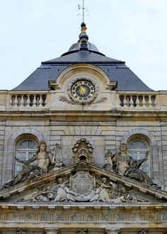 Beautiful Paris, Beautiful Castles, Beautiful Buildings, Vaux Le Vicomte, Neoclassical Architecture, Baroque Design, French Chateau, Art And Architecture, Renaissance